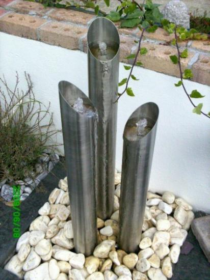 STAINLESS STEEL 3 COLUMN WATER FEATURE