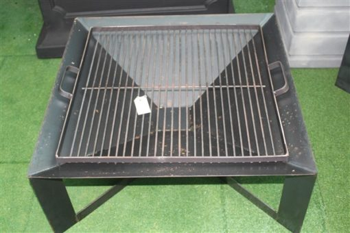 CUBA FIRE PIT WITH GRILL