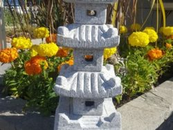 60CM PAGODA SILVER GREY GRANITE