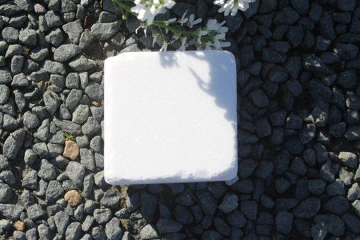TUMBLED SNOW WHITE SETTS